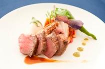 お肉料理イメージ2