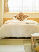 和洋室 2ベッド+2布団