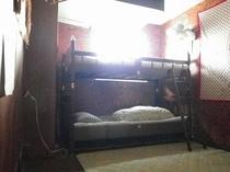 1-2名用個室(部屋貸し)①