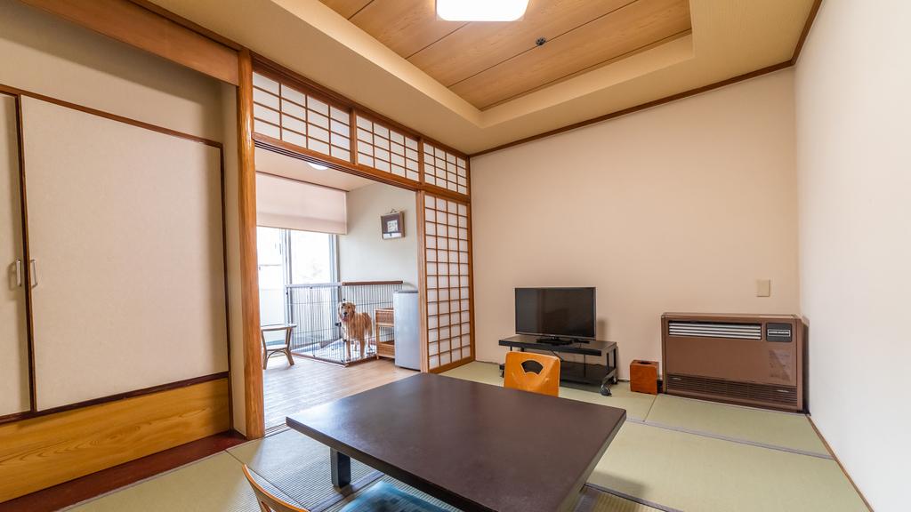 【ワンちゃん専用フロア】和室(7.5畳)湯畑側