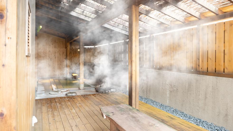 【弐之湯 外湯】草津でも稀有な『湯畑源泉100%』かけ流しの贅沢をお楽しみください