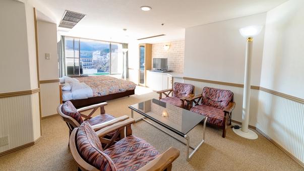 【上階階・特別和洋室】和洋室(12.5畳+ツイン)湯畑側