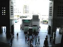 道案内③駅の階段