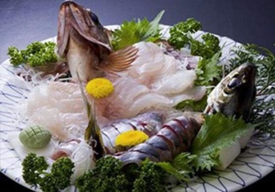 【伊勢志摩 ひとり旅】漁師と海女の豪華海幸会席をひとりで満喫プラン