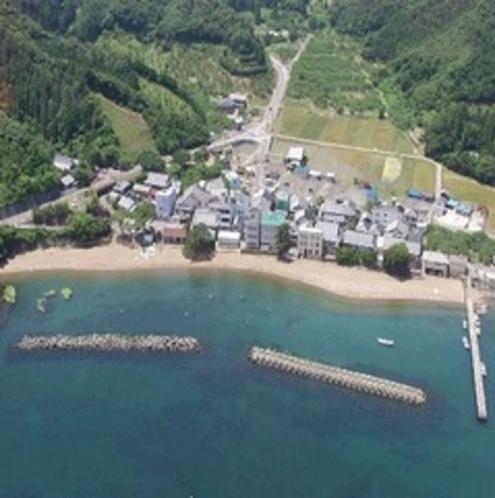 阿納海水浴場(当館〜車で約13分)