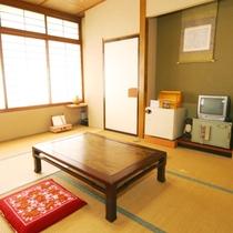 和室13畳 のお部屋になります