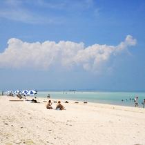 *【コンドイビーチ】一番人気のビーチ♪遠浅で、干潮時には沖に現れる砂浜に歩いて渡ることもできます。