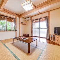 *【部屋・離れ】木の温もりあふれる和室。6畳+縁側2畳のゆったりとした空間です。