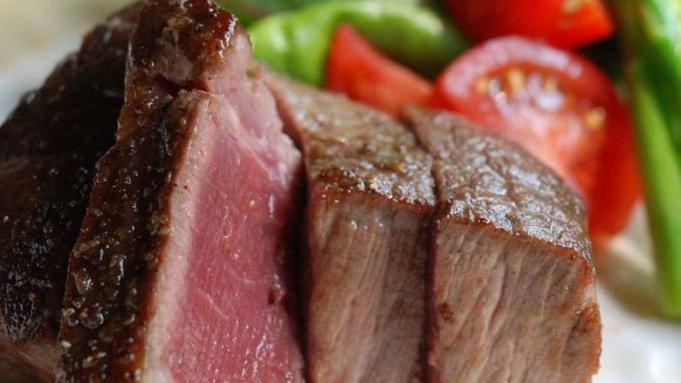 【早期割30日前】早期予約でお得!ご夕食時の黒毛和牛ステーキ付き【京懐石 梅】《2食付き》