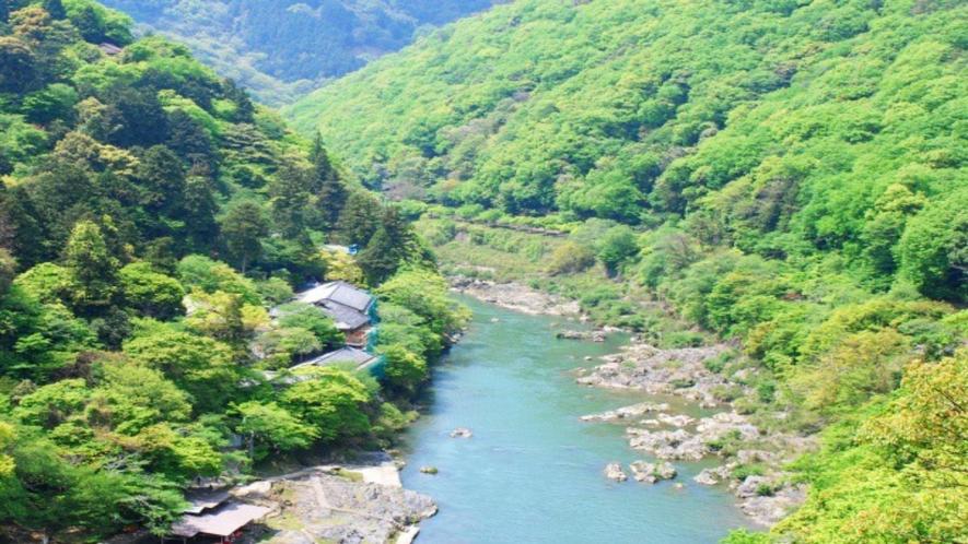 ◆保津峡の雄大な景観