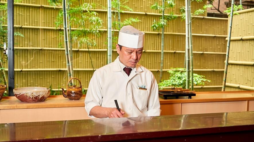 ◆カウンター席の魅力は何と言っても料理人との会話を楽しめること。