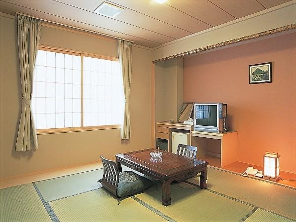 汐さい館和室10畳(6月〜9月)