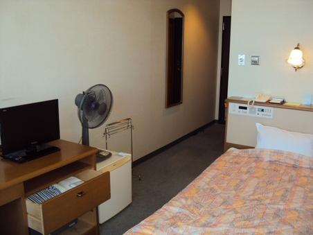 朝日館(本館)洋室14平米(冷房なし・3階のみ)
