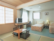 汐さい館和洋室(6月~9月)