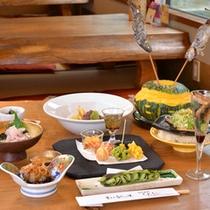 *お夕食一例/旬の恵みをたっぷりと味わえる、山里ならではの郷土料理をご賞味下さい。