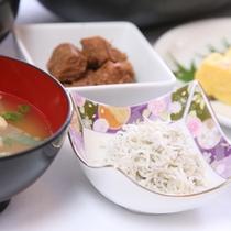 和食も充実♪お袋の味をお楽しみ下さい。