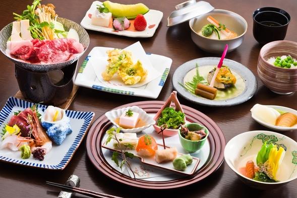<さき楽30>【2食付プラン/和食会席】四季折々の旬食材を贅沢に使用した和食会席
