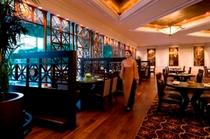 【マンホーチャイニーズレストラン】一流の料理とサービス、店内装飾を誇る中華料理レストラン
