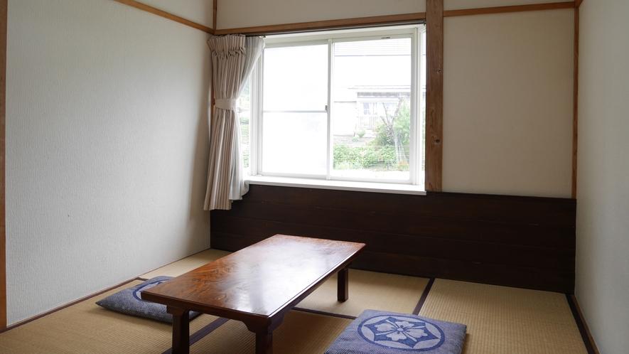 *和室6畳/バス・トイレは共用になります。
