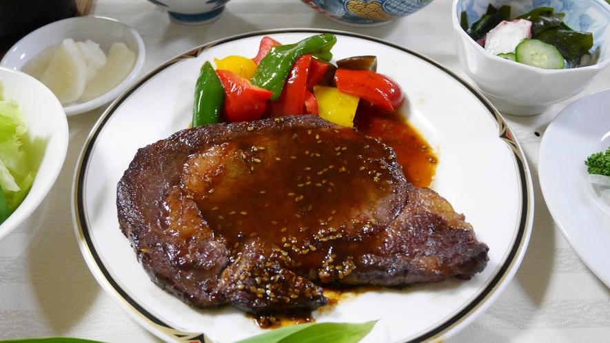 *夕食一例/新潟県産和牛のステーキ
