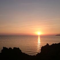 フケガーラ浜からみた夕日