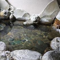 *大浴場/岩造りのお風呂が男女別に1か所ずつございます。
