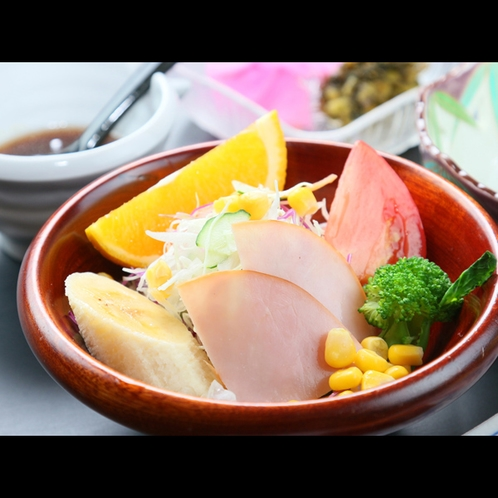 ★*【朝食一例】サラダ