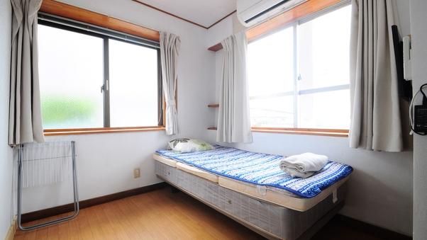 【男性専用】2階-洋室シングル207or208