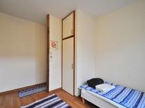 【1階洋室ツイン】 ツインルームはカップルでもご利用可能です