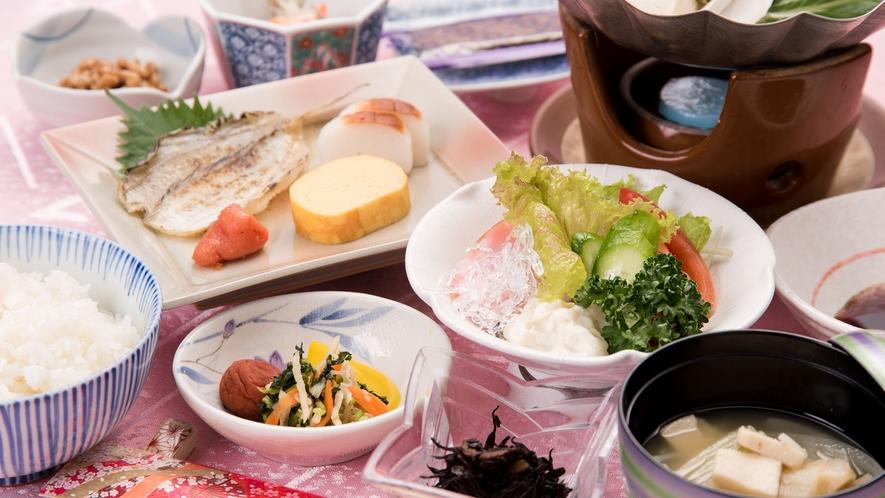 *【朝食一例】バランスのよい和食をお召し上がり下さいませ。