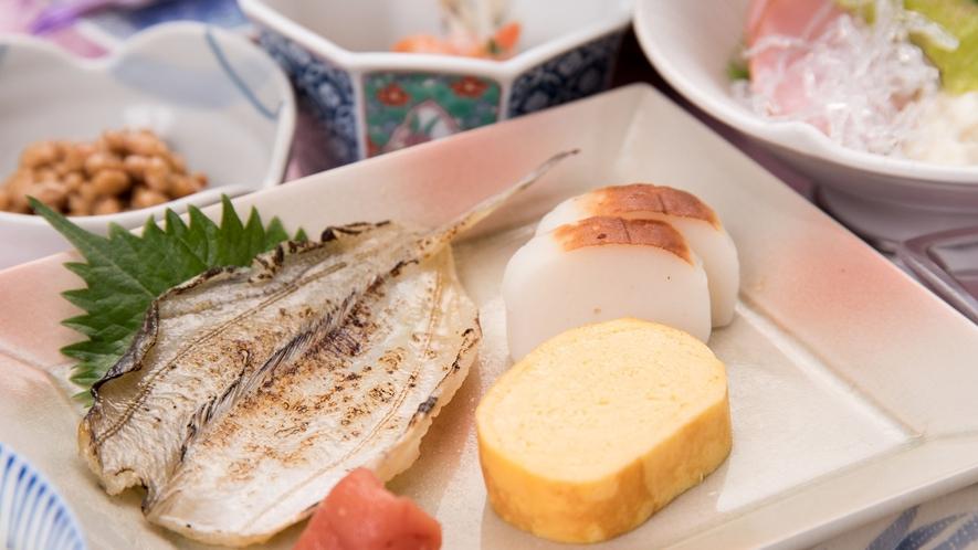 *【朝食一例】朝からしっかり食べて、元気にご出発ください!