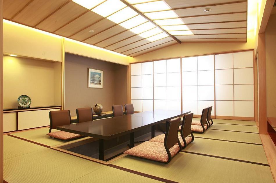 特別和室(113m2)16畳の間