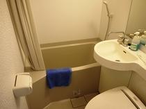 海側和洋室バスルーム