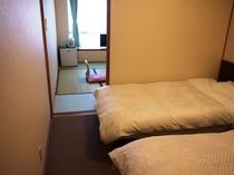 海側禁煙和洋室ベッドルーム一例