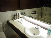 海側洋室バスルーム