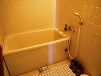 海側和室バスルーム