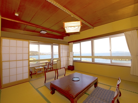 和室10畳(海側/バストイレ付)喫煙