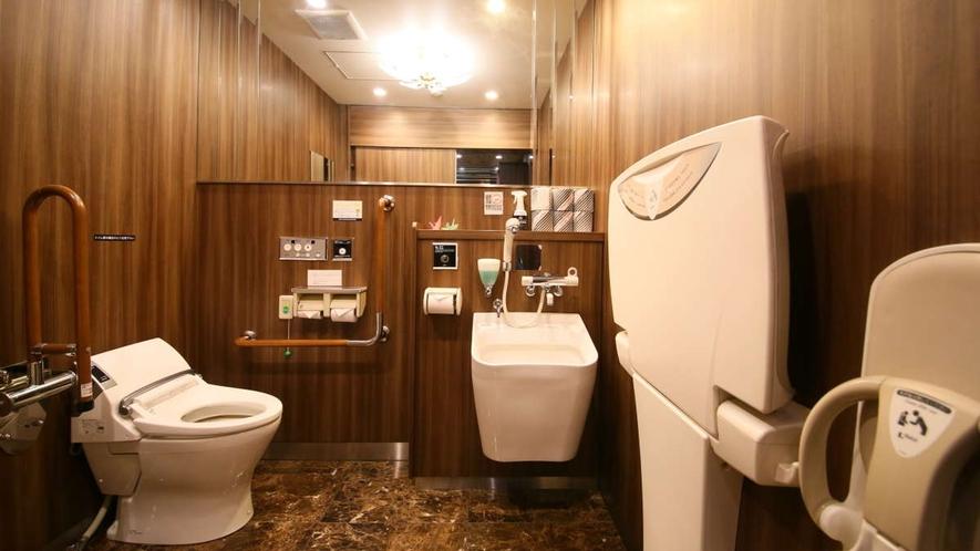 ■1階共用部多目的トイレ