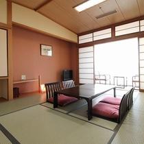 【客室】和室10畳(カーテン)