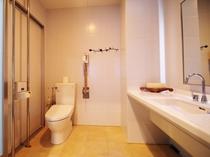 【トイレ・洗面台】トイレ・洗面台は2か所にございます