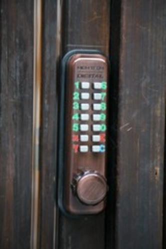 暗証番号式鍵