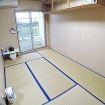*和室一例/バルコニーに出れば感じる潮風。足を伸ばしてくつろげる和室タイプ。