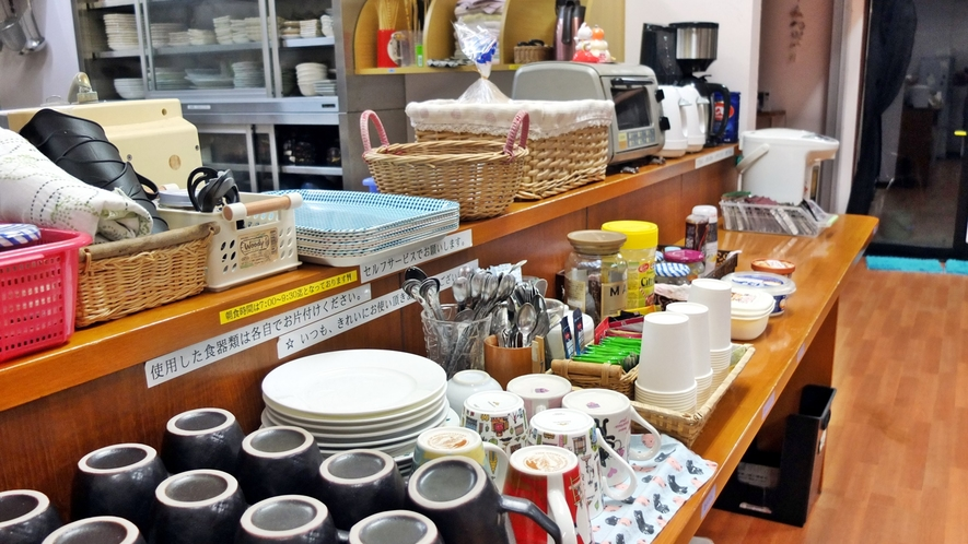 *ドリンクフリーコーナー/お茶類、コーヒー、スープなどご用意しております。