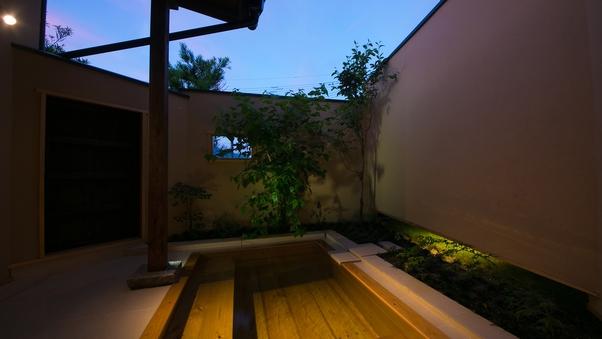 【ぼたん】露天檜風呂付き和室離れ14畳