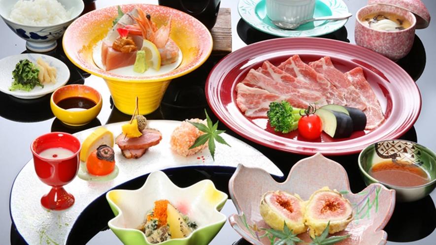 【ミニ会席/夕食一例】食べきれる量の会席料理です。季節ごとに内容は変わります。画像は一例です。