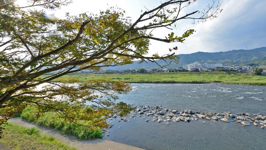 *【貸切風呂】貸切風呂からは雄大な筑後川が…。絶景です!