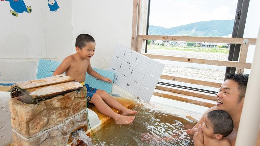 *【貸切風呂】すべり台付風呂・・・お子様に大人気です!