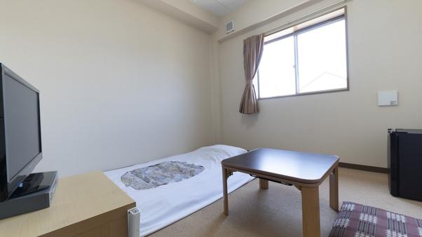 別館和室(5畳)バストイレなし<喫煙>