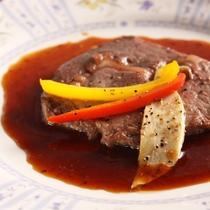 *夕食一例/海の幸もお肉も♪しっかり食べたい方も大満足のフルコース。※連泊2日目は内容が変わります