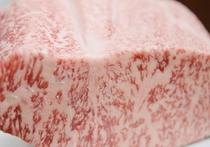 柔らかく、キメ細やかな霜降りで、豊潤な味わいが『飛騨牛』の特徴です♪